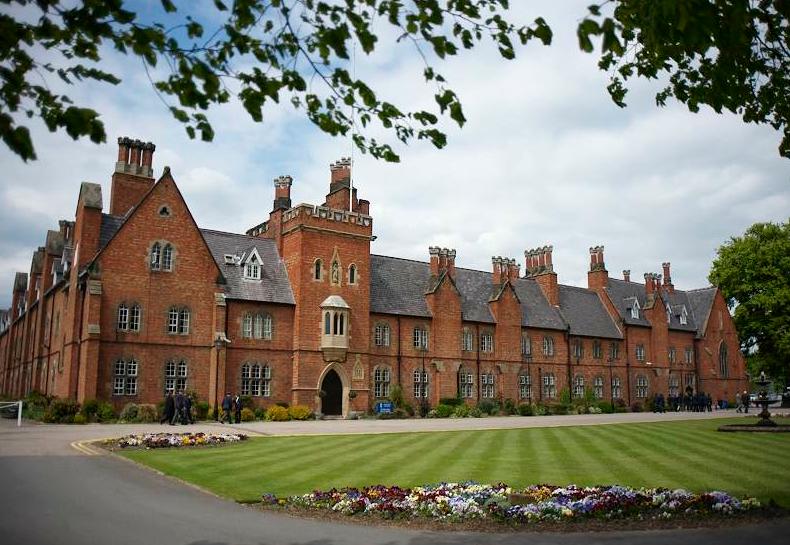 Ratcliffe College